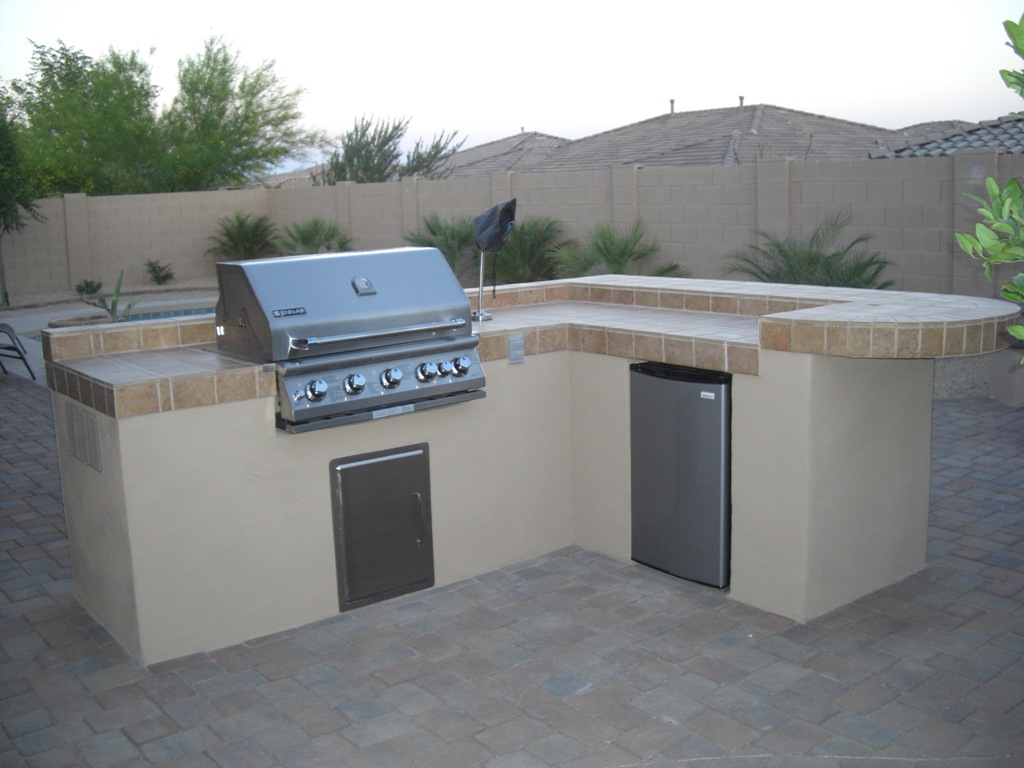 Outdoor bbq island plans outdoor kitchen building and design for Outdoor barbecue grill designs