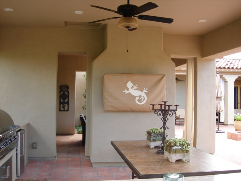 Open air living is perfect for Phoenix - Scottsdale. Outdoor kitchens with adjacent outdoor living rooms anyone?