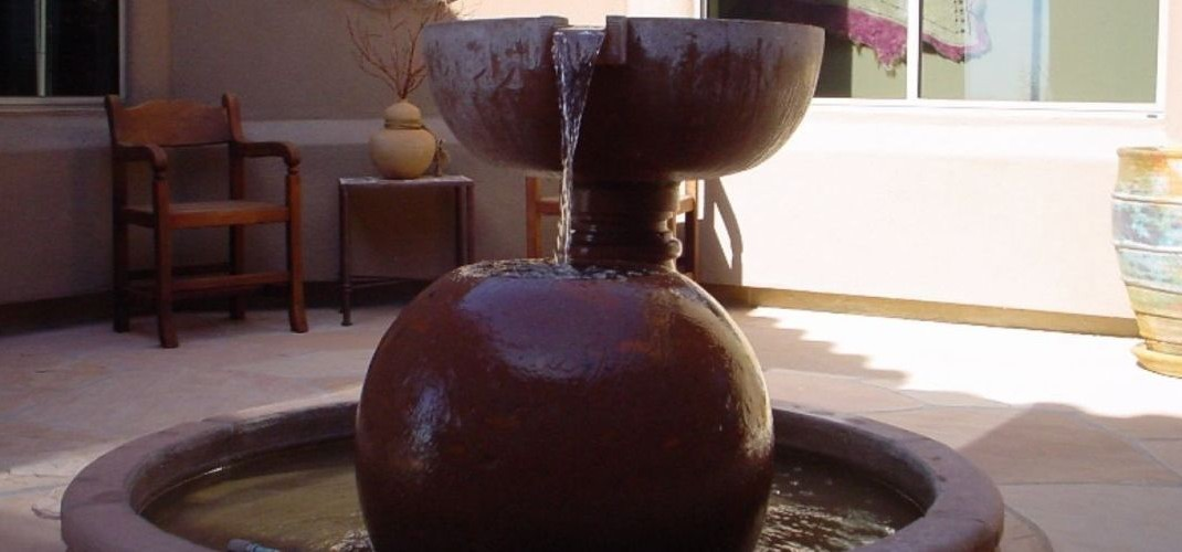 Precast outdoor fountains phoenix courtyard designs for Garden fountains phoenix