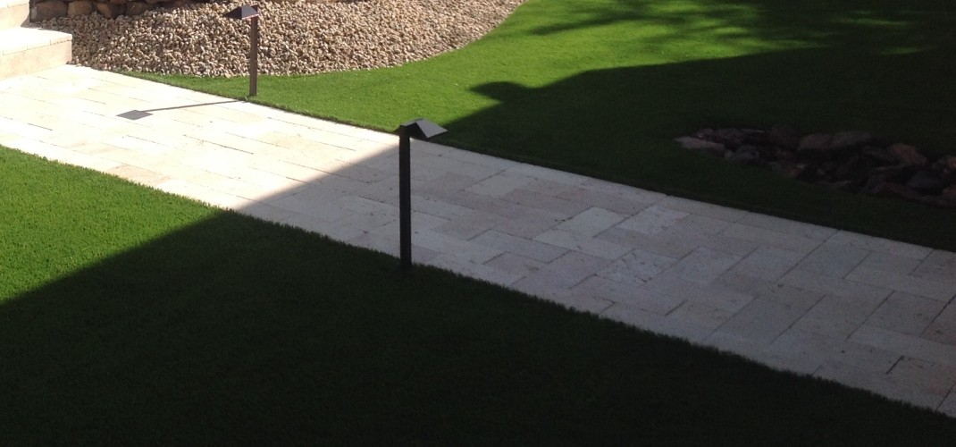 The Easy Scottsdale Lawn