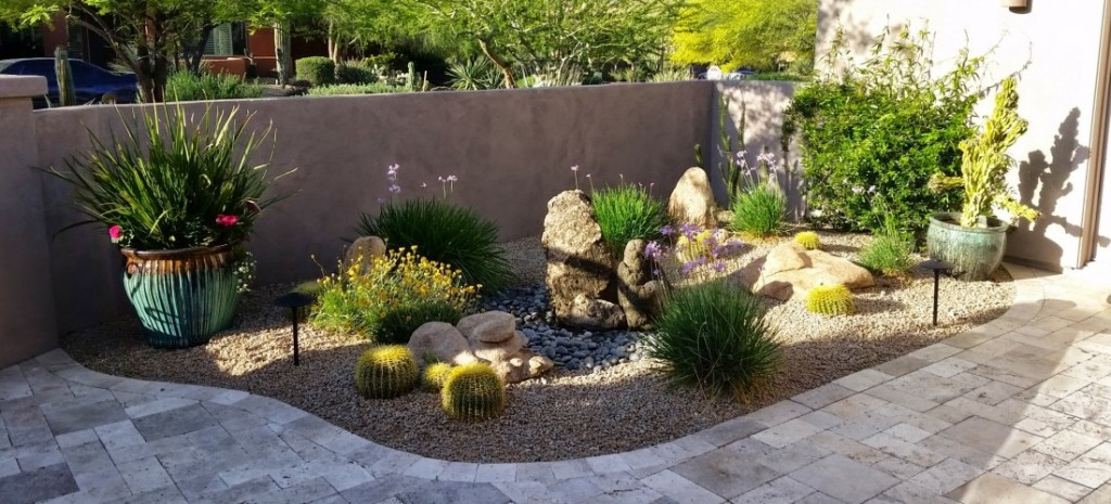 Bubbling rocks courtyard fountain scottsdale desert for Garden fountains phoenix