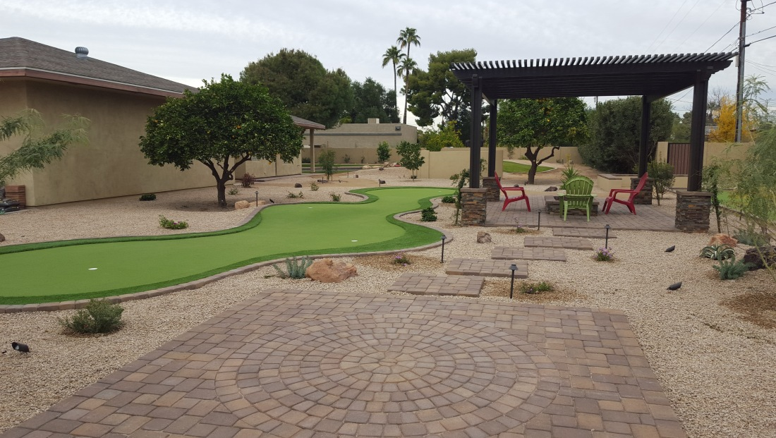 Synthetic Grass: Scottsdale Putting Green